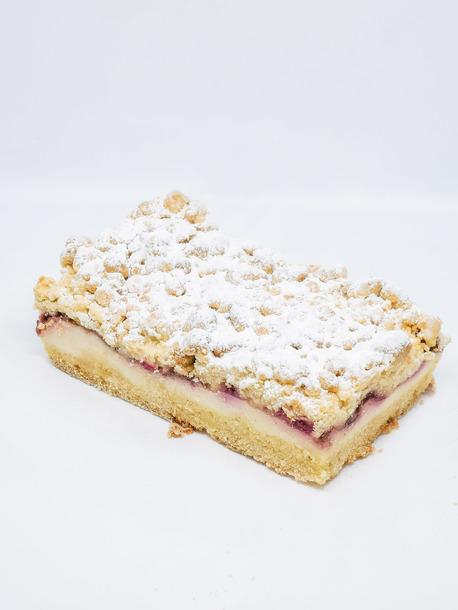Ciasto swojskie z truskawkami i wiśniami (1)